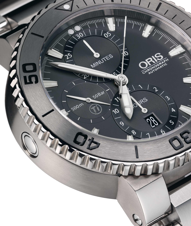 Oris_Aquis_Titan_Chronograph