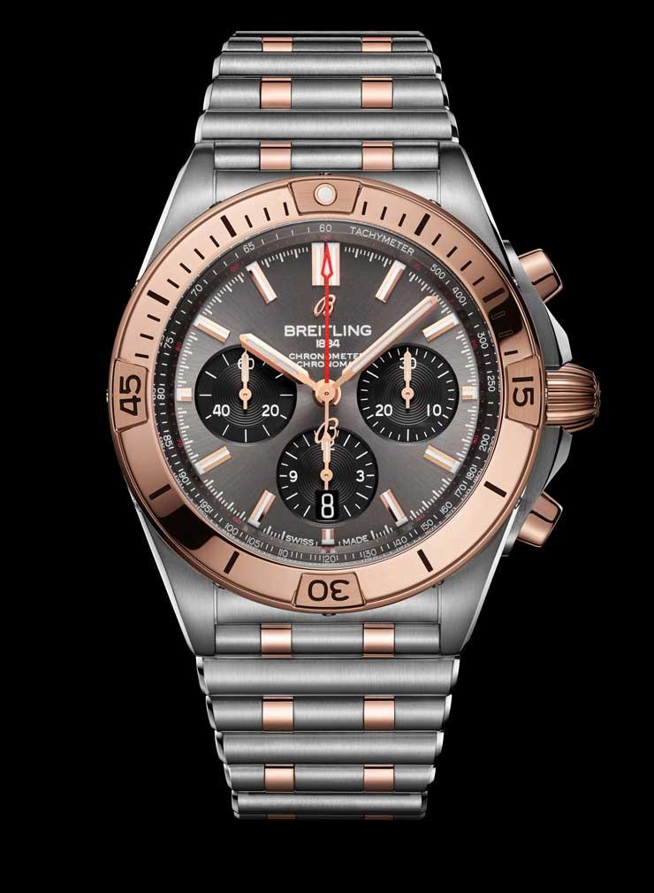 Breitling Chronomat Two-tone B01 42 Ref. UB0134101B1U1
