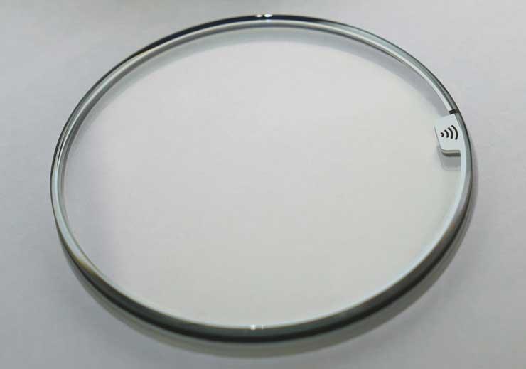 Stiss Saphir-Kristallglas mit Bezahlfunktion